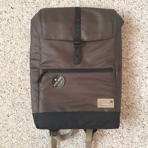 Laptop/tablet backpack. NWT